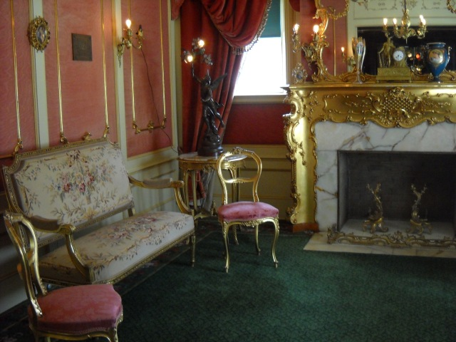 The front parlor is where Mrs. Campbell would greet guests every Thursday.